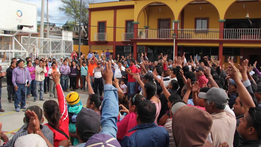 Pobladores en San Antonio de la Cal se unen en voz y voto para nuevas elecciones
