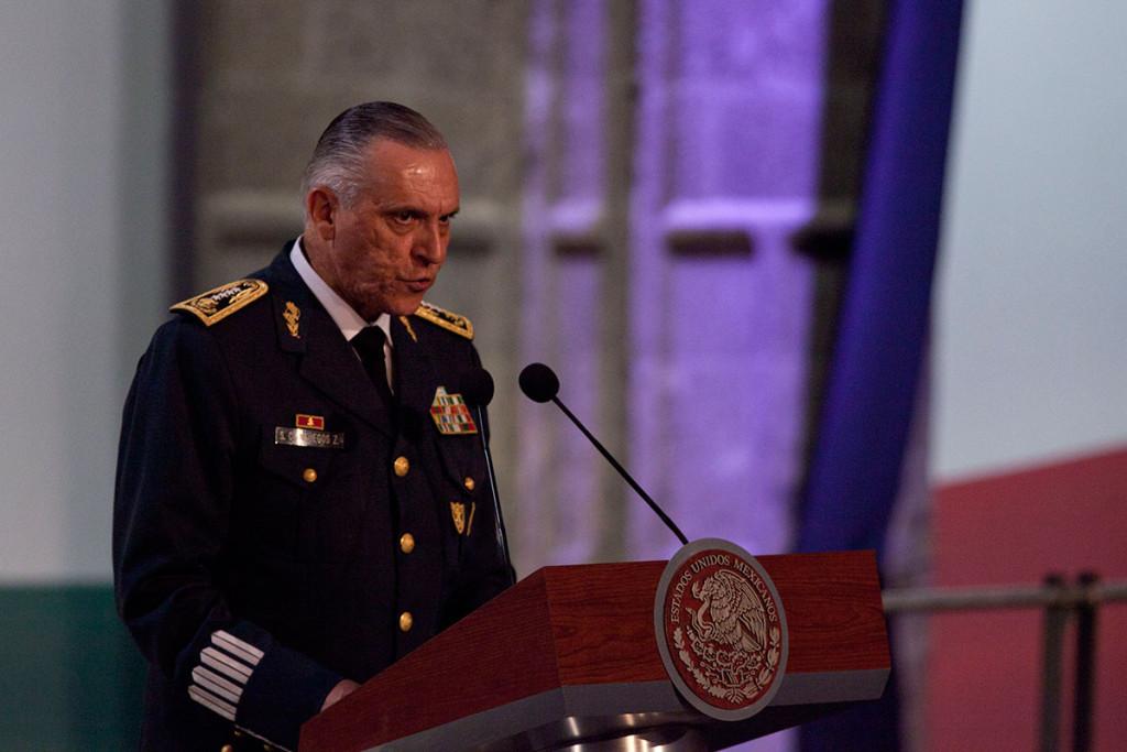 Caleidoscopio: Demanda Ejército romper con desunión e ilegalidad