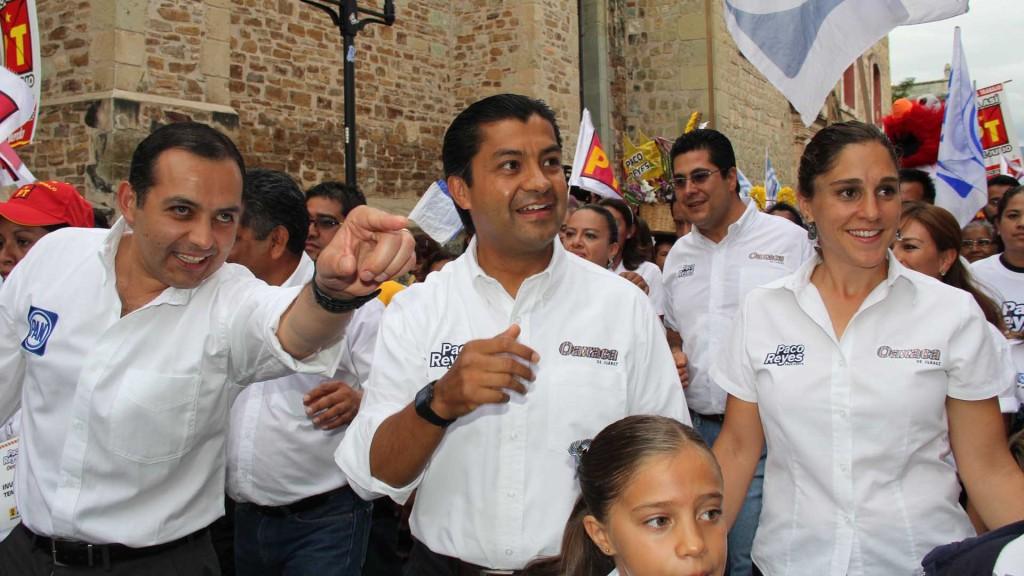 Aprueba cabildo solicitud de licencia del regidor Francisco Reyes