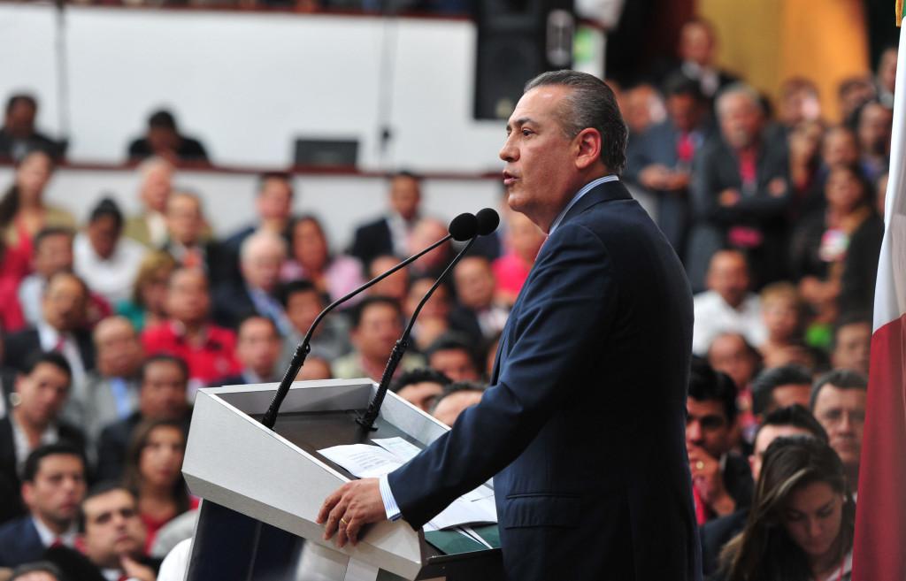 Manlio, ya es presidente electo del CEN del PRI