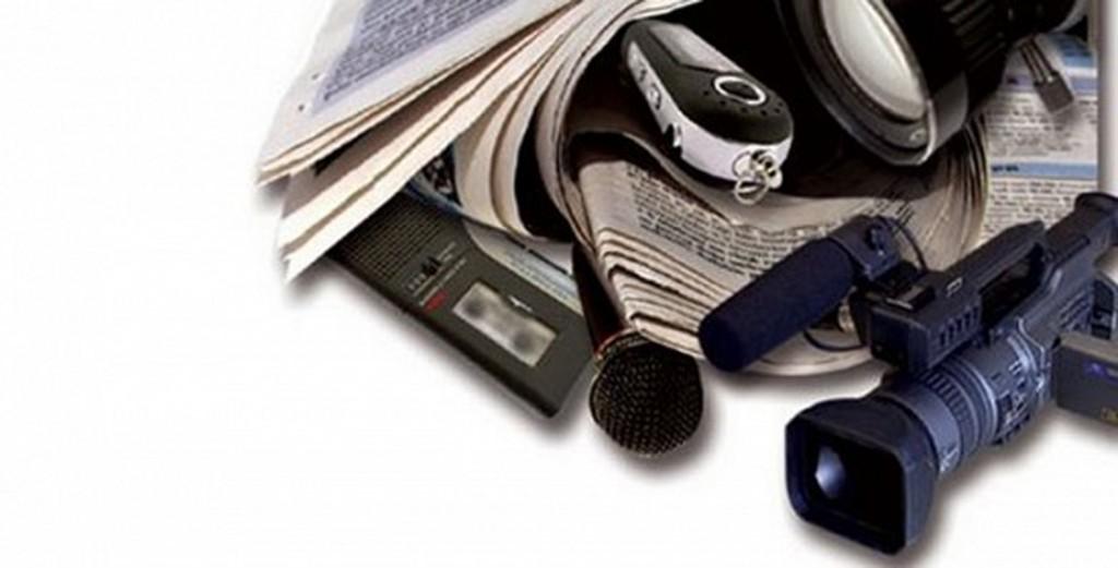 CRÓNICA POLÍTICA: El desprecio de los políticos a los periodistas