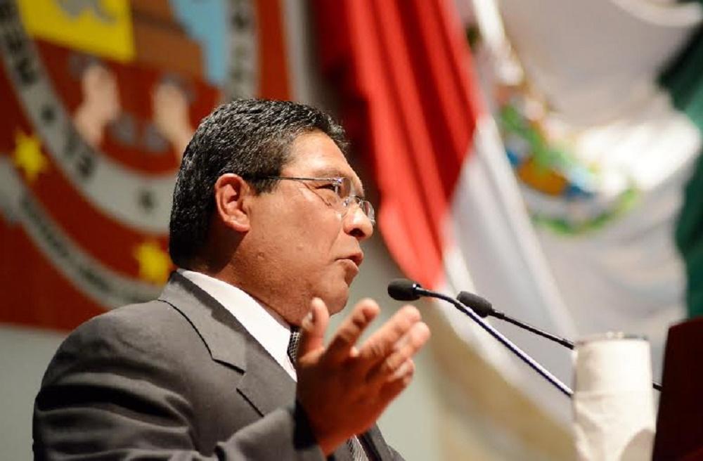 Urgente reformar Constitución local para legitimar leyes secundarias: Adolfo Toledo