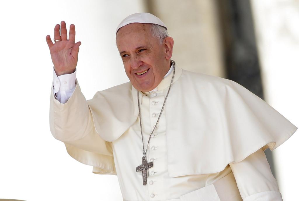 DEL ZÓCALO A LOS PINOS: Francisco…. Una visita entre ángeles y demonios