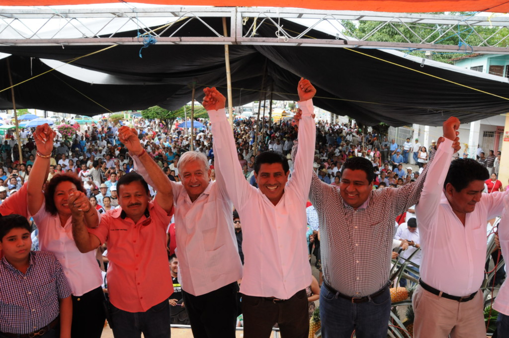 CRÓNICA POLÍTICA: ¿Qué hará AMLO con 362 líos agrarios en Oaxaca?