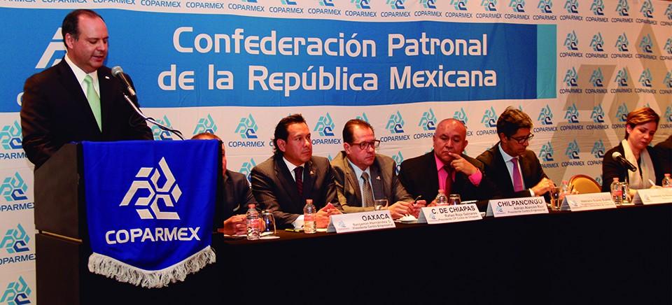 COPARMEX nacional exige aplicar la ley en 5 entidades, por violencia magisterial