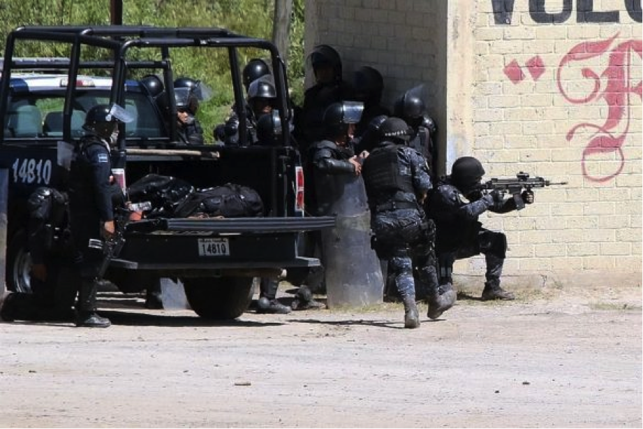 """CRÓNICA POLÍTICA: Como en la película """"La dictadura perfecta"""""""
