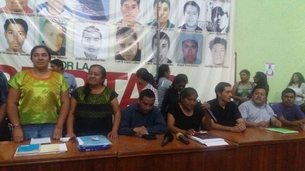 Presidentes de la zona Tlaxiaco exigen instalación inmediata de mesa de negociación para el magisterio