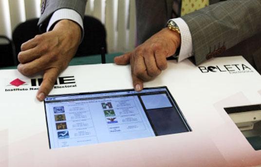 Analiza INE las diferentes modalidades para implementar el voto electrónico