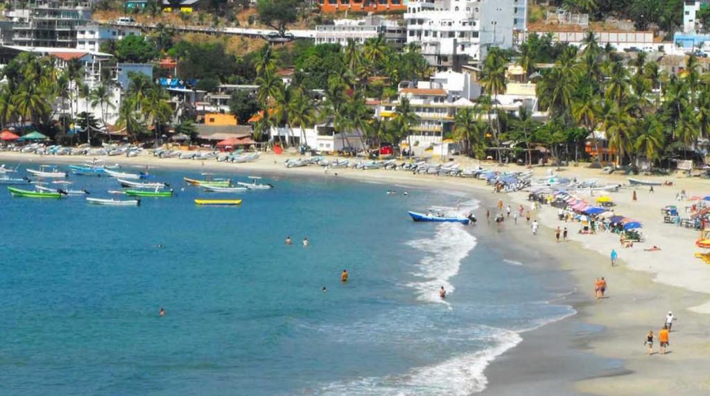 Sócrates A. Campos Lemus: Vacaciones frustradas