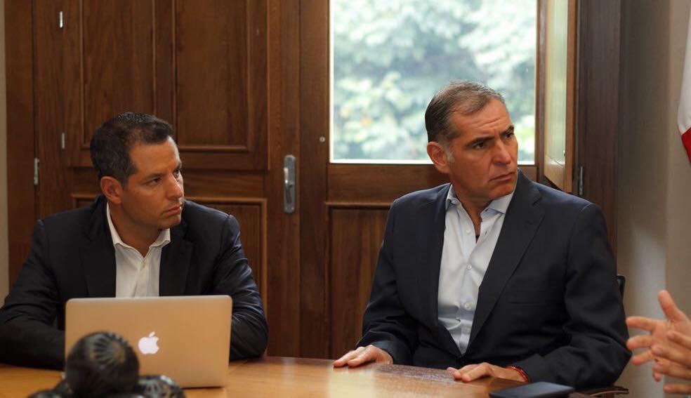 CRÓNICA POLÍTICA: Investigan a más funcionarios de Cué y a otros de Alejandro Murat, pero…