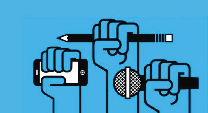 Sócrates A. Campos Lemus: Cambios en la comunicación