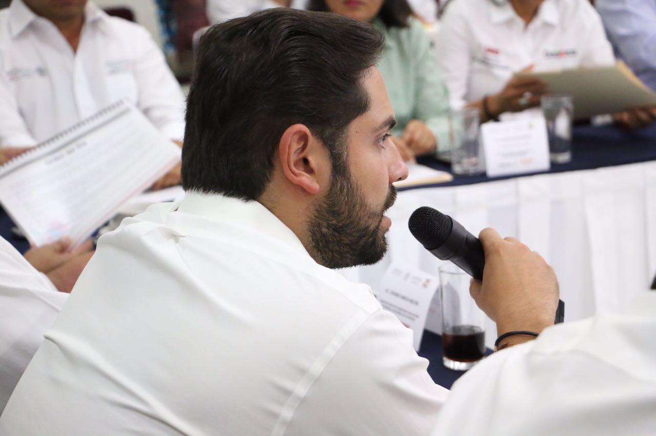 Cacho Cué reconoce que elección será competida y llama a la unidad