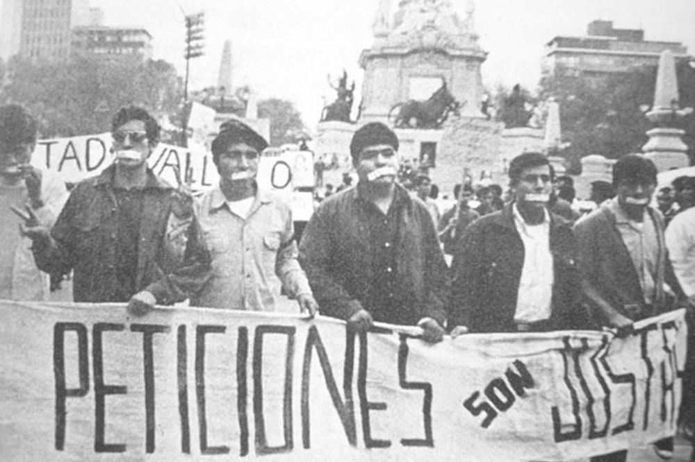 Sócrates A. Campos Lemus : La manifestación del silencio de 1968