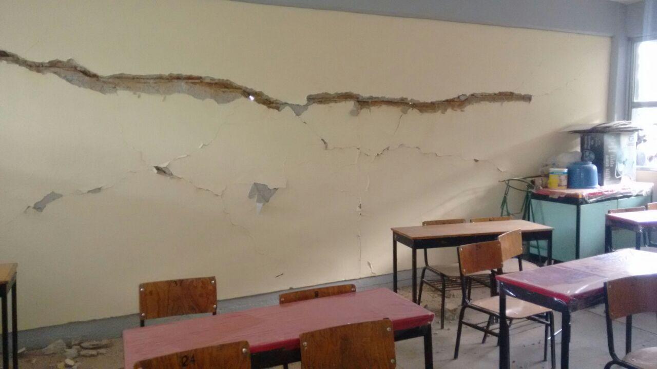 Padres de familia reconstruirán escuelas en Zapotitlán Palmas