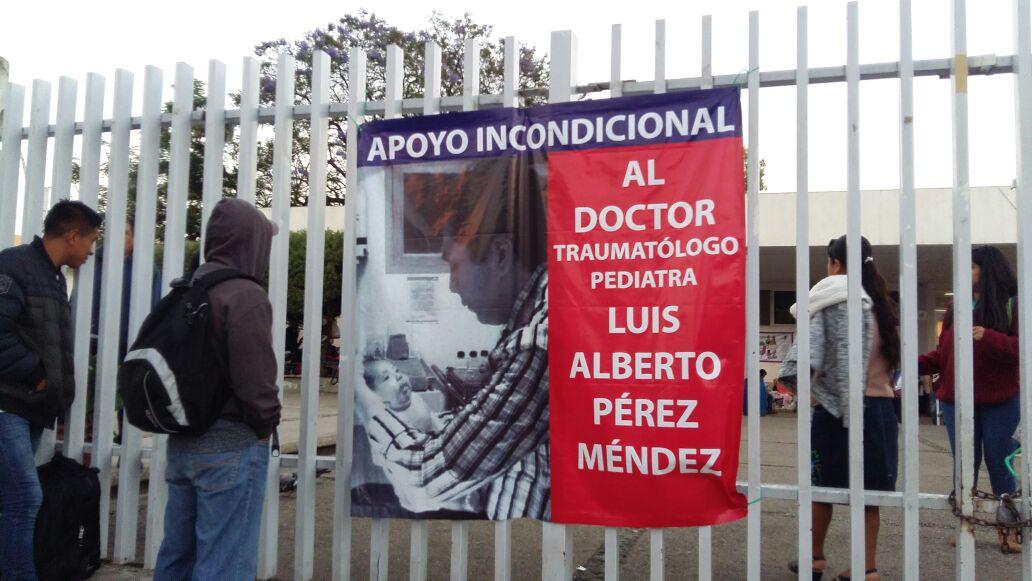 Paran algunos hospitales en Oaxaca en apoyo al médico Luis Alberto