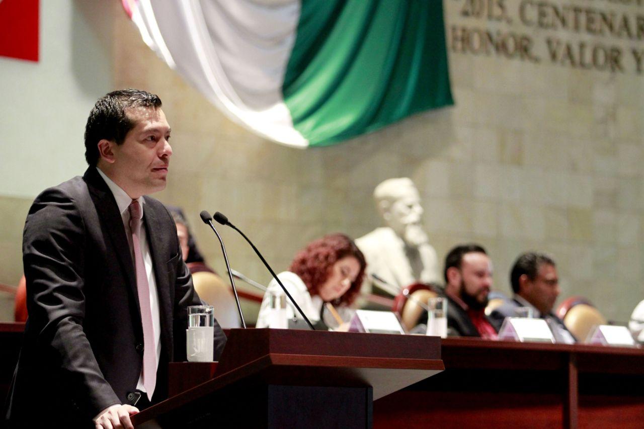 CRÓNICA POLÍTICA II: Diputados ¿apretarán al Secretario de Finanzas?