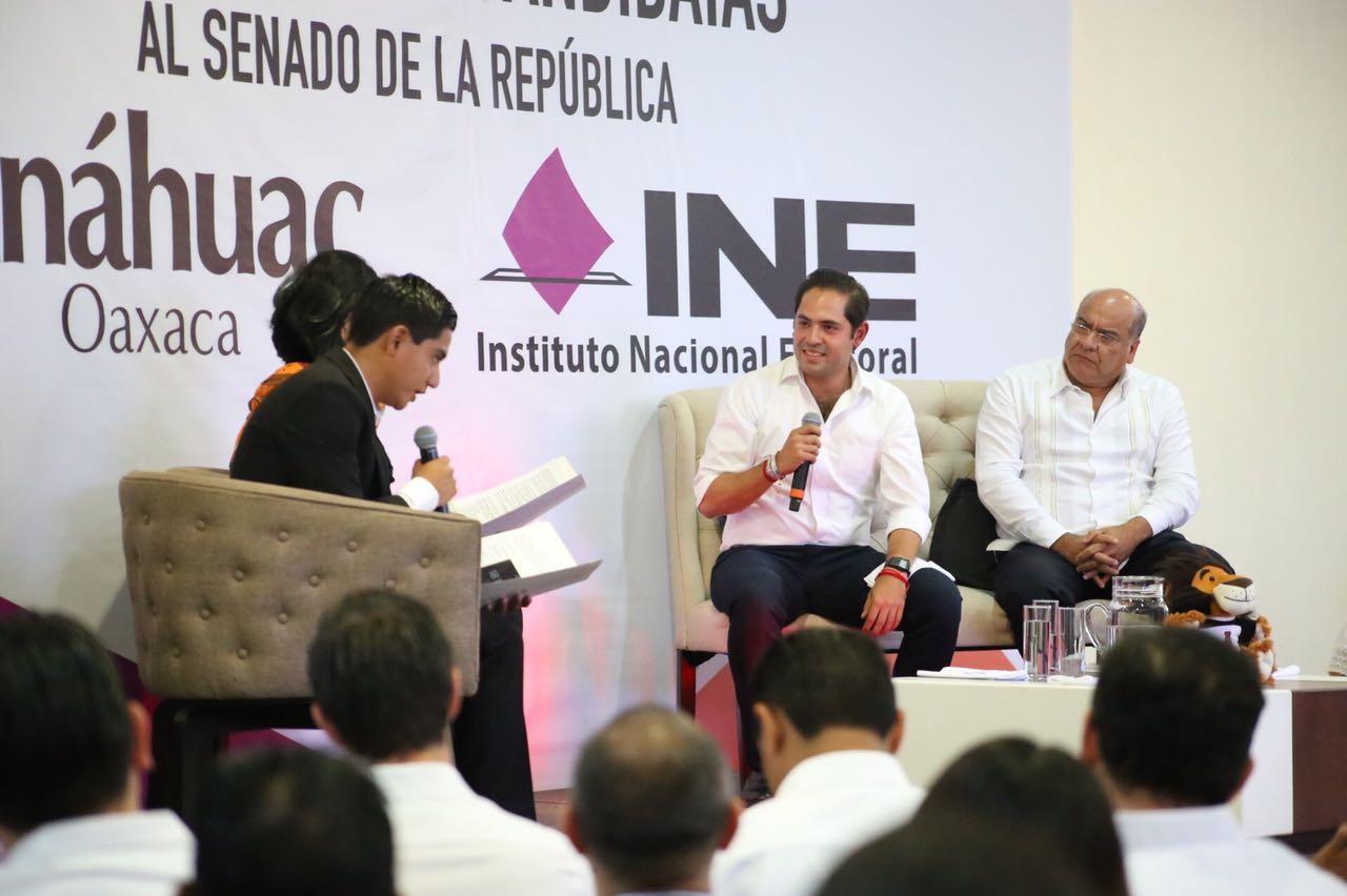 Jóvenes en debate permanente hasta lograr un mejor destino para Oaxaca, anuncia Bolaños Cacho Cué
