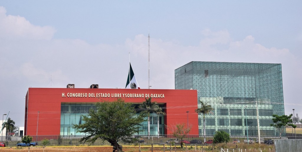 Aumenta a 8 el número de fracciones parlamentarias para la próxima Legislatura, con el revés del TEEO a Morena