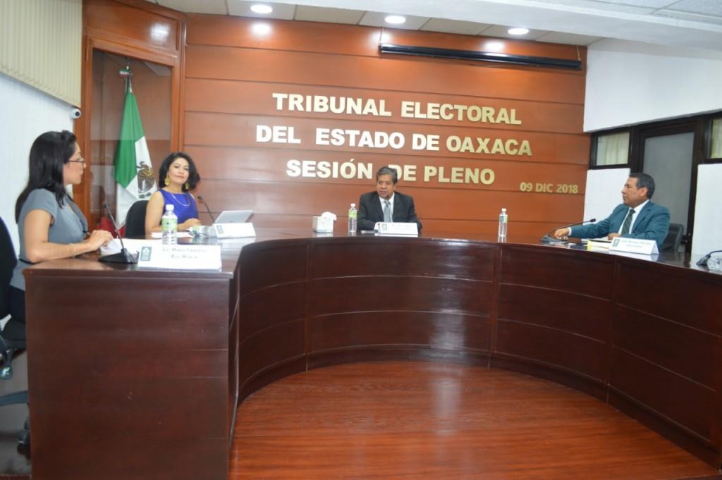 Elizabeth Bautista Velasco asume como magistrada del TEEO