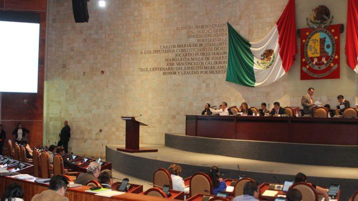 CRÓNICA EXPRÉS: Morena se sale con la suya; va Aldegunda a la presidencia de Tezoatlán