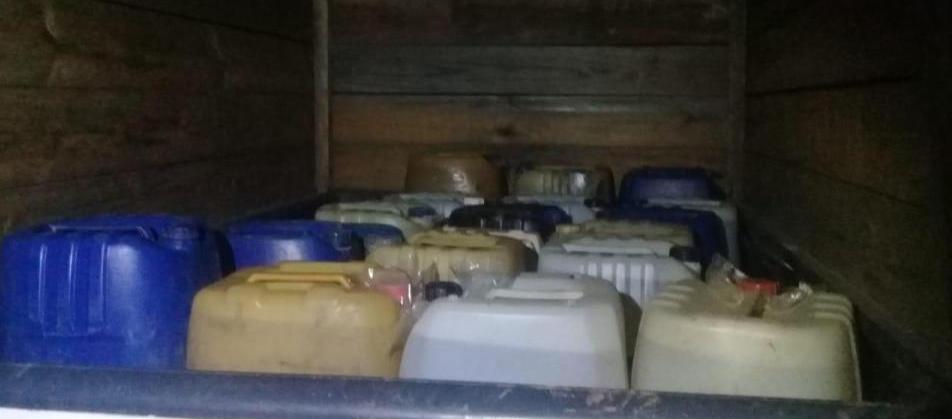 Asegura Policía Estatal más de 800 litros de gasolina de procedencia ilícita en el Istmo