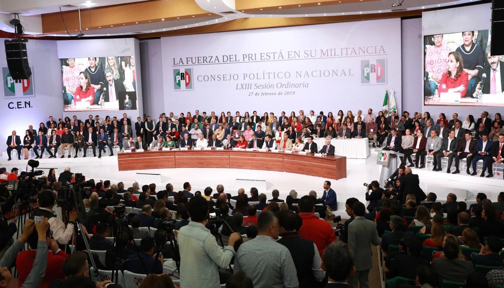 El PRI avala que en votación directa la militancia elija a la dirigencia; y solicitar al INE que organice la elección