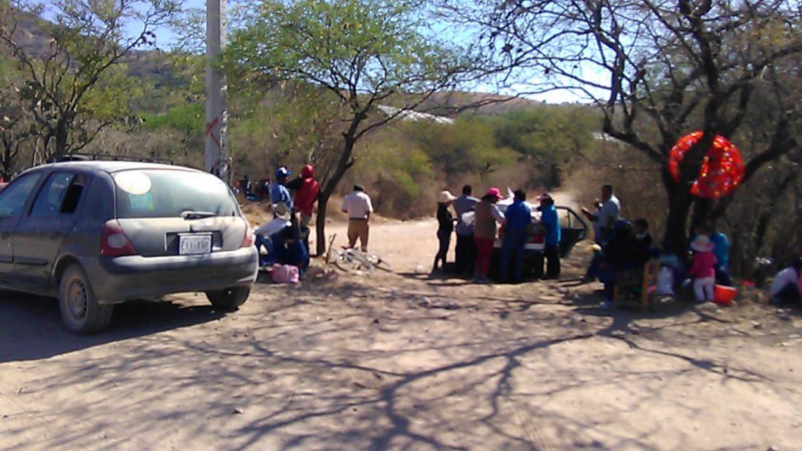 En Oaxaca, se movilizan colonos por temor de contaminación en pozo