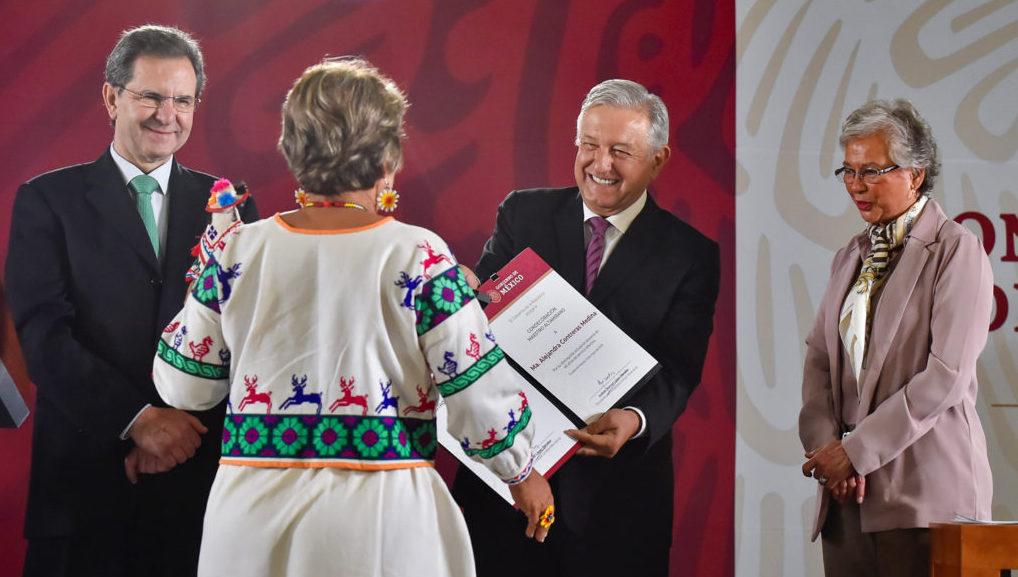 """La """"nueva"""" Reforma Educativa hoy será promulgada y publicada: AMLO"""