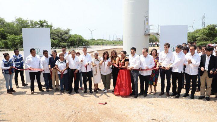Oaxaca, líder indiscutible en generación de energía eólica y seguro para inversionistas: Alejandro Murat