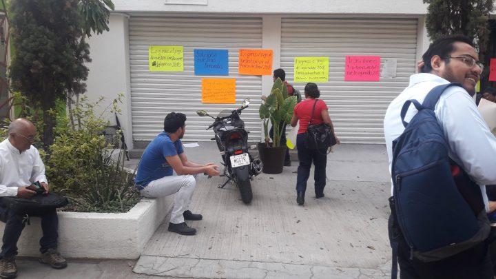 Trabajadores del TEEO toman las instalaciones del mismo, por falta de pago del aguinaldo 2018, salario y retroactivo de aumento